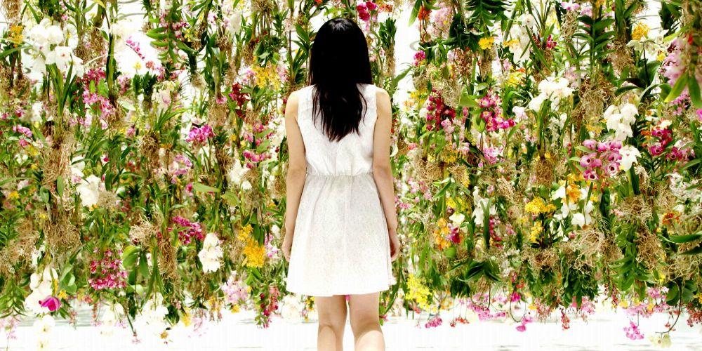 Как декорировать дом цветами