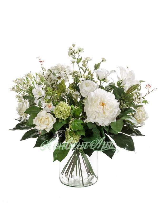 Видеть цветы, растущие на неплодородной земле, предвещает печальное событие.